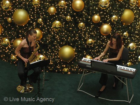 Saxophone and piano duo | photo: livemusicagency.com