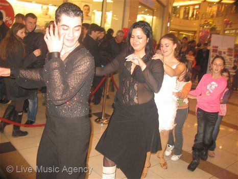 Valentine`s Day at Mall of Sofia | photo: livemusicagency.com